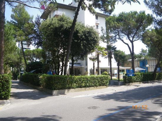 Hotel Bella Venezia Mare: Das angenehmste, sauberste, und freundlichste Hotel in Lignano