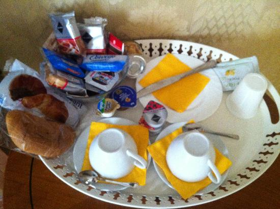 Trevi Luxury Rooms: breakfast