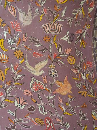 P'tit Habibi: Hand painted alcove