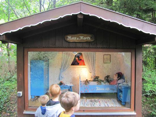 Märchenpark Marquarstein: Push a button and watch the fair tale come alive.
