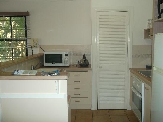 Mediterranean Resorts: Kitchen area