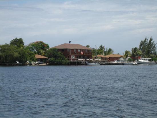 Laguna Beach Resort: The dive dock