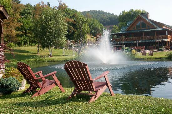 Cabins, WV: Smoke Hole Resort pond