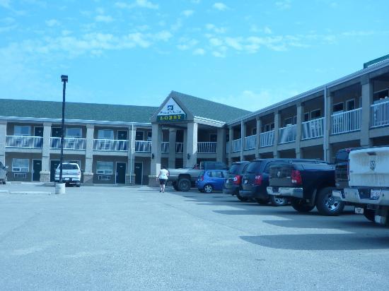 Western Valley Inn: exterior