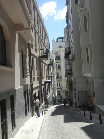 Galateia Residence: Looking down the street from the hotel
