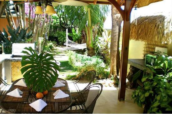 Maui Garden Oasis: Breakfast/Common Area