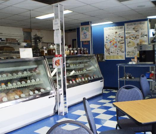 French Deli & Gourmet Shop: Meats, Sausages
