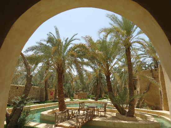 Carols Ghaliet Ecolodge Siwa: View of the pool from our room