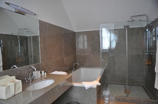 Casa Balthazar: bathroom