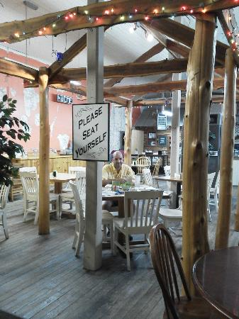 Acme Dry Goods Co Food Court: Cute gazebo inside the cafe.