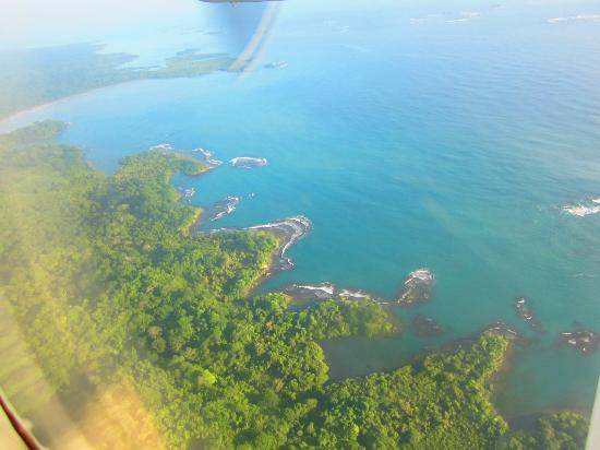 Yandup Island Lodge : View from plane
