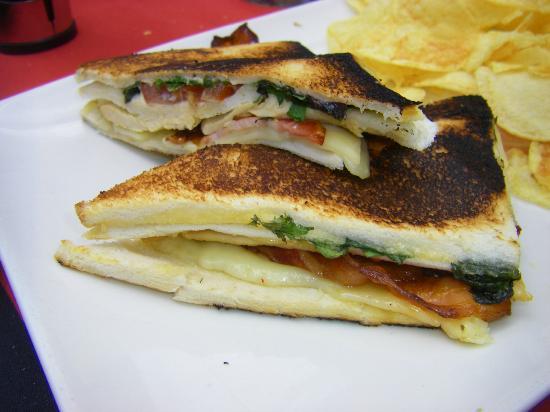 Shoko : Lank Club Sandwich