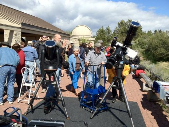 Oregon Observatory at Sunriver : watching Venus transit