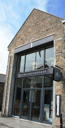 Alba Restaurant: Facade
