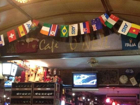 O'Neil Bar Restaurant: inside