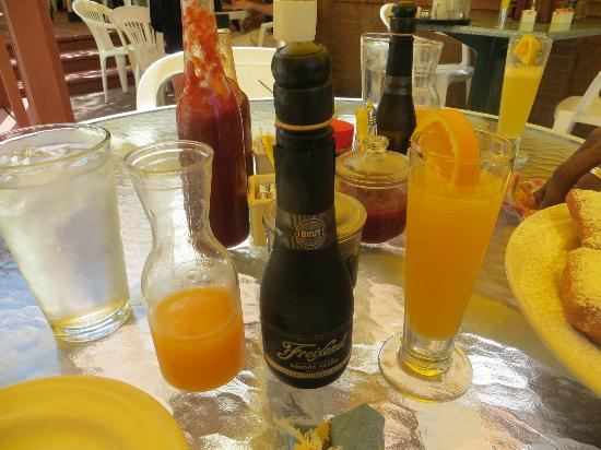 Lucile's Creole Cafe : Great Mimosas
