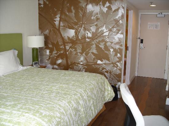 BWP Toronto Airport Hotel: Room