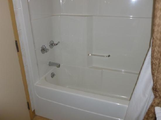 Quality Inn: Soaker tub