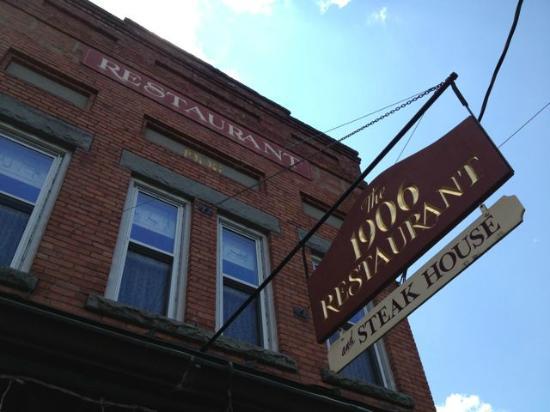 The 1906 Restaurant: Restaurant Building