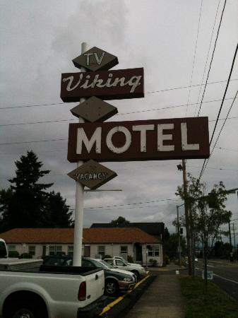 "Viking Motel: This is a ""Gem"""