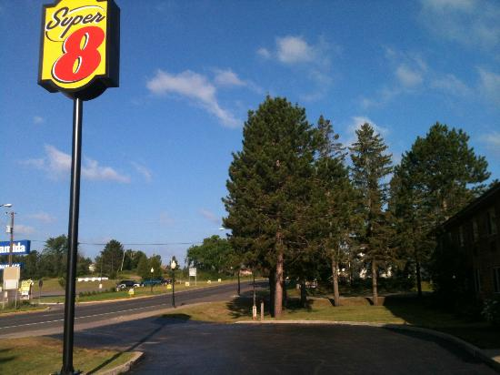 Super 8 Ely Minnesota: Blue skies of Ely Minnasota