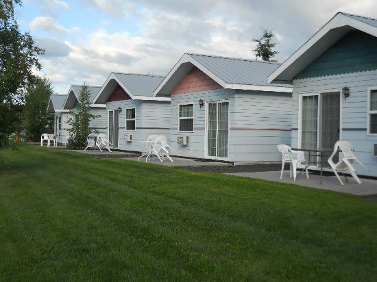 River's Edge RV Park & Campground: River's Edge Cottages