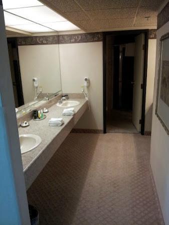 Reno Suite Bathroom Picture Of Eldorado Resort Casino Reno - How to renovate your bathroom