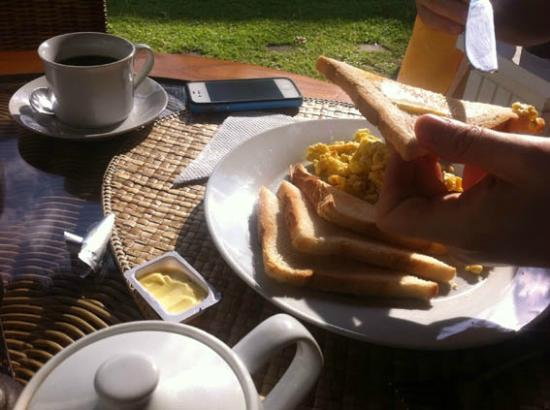 Rama Shinta Hotel: Breakfast