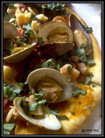 Spiazzo Ristorante : Pizza Napoletana ai frutti di mare ~ An Excellent Choice