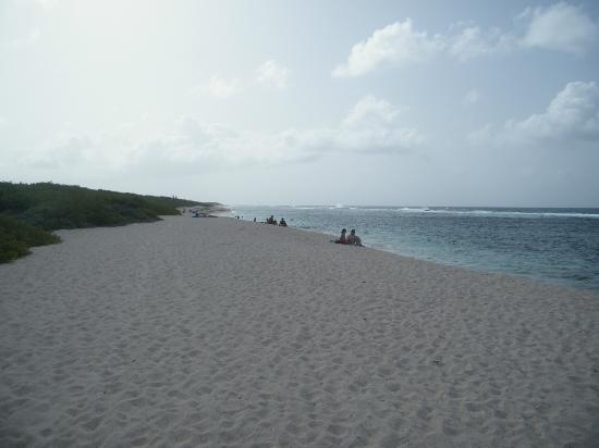 Pointe des Chateaux: Saline Beach