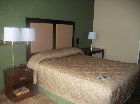 Extended Stay America - Fort Lauderdale - Cypress Creek - Andrews Ave.: Queen room