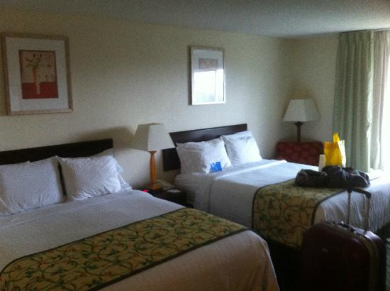 Fairfield Inn Orlando Airport: Two double beds