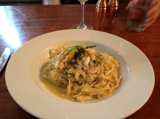 tavola: Crab Meat Pasta