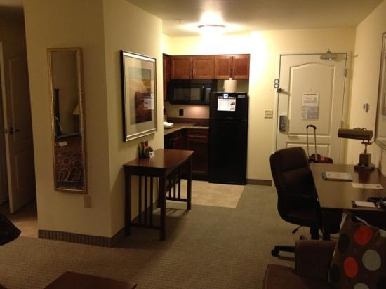 Staybridge Suites El Paso Airport Area: view of a standard room, part 2.