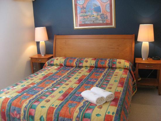 Terrapin Apartments: Master Bedroom