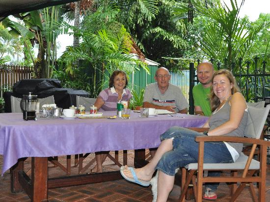 Cairns Bed & Breakfast: Connie Graham Gosia Adam