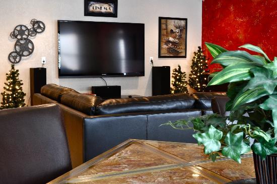Mullan House: Living Room Area