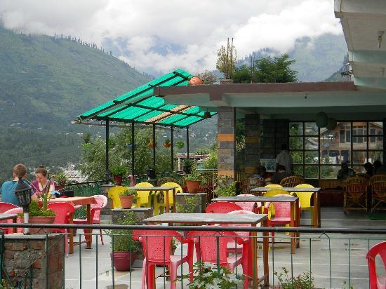 Surabhi Hotel: Roof top Cafe