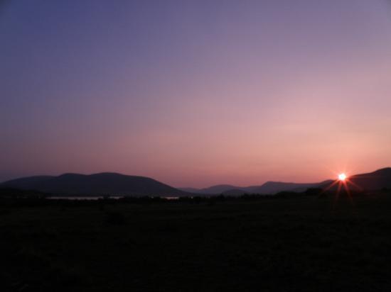 Pilanesberg Safaris and Tours: Sunset over Mankwe Dam