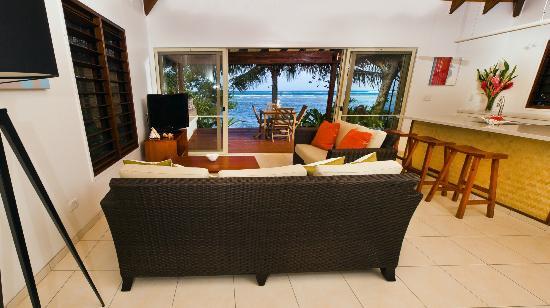 Vale Vale Beachfront Villas: Lounge Area