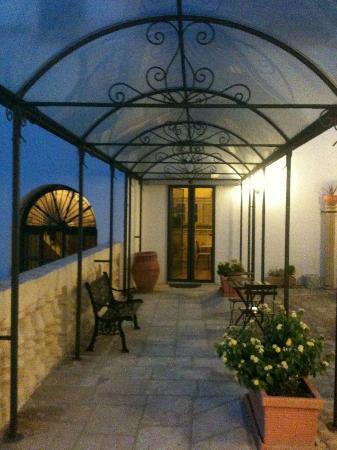 Senape de Pace Palazzo: Terrace