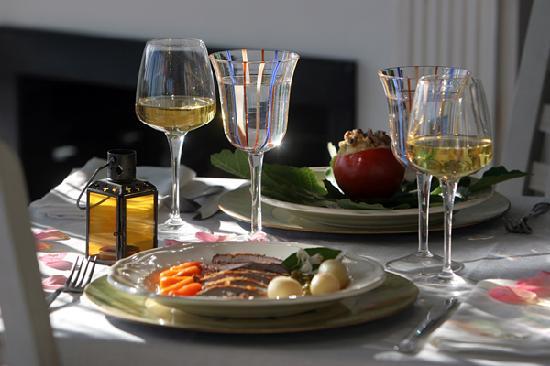 Restaurante Quinta de San Amaro: COCINA DE MARCADO Y TEMPORADA EN UNMARCO ROMANTICO Y CON ENCANTO