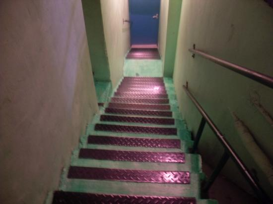 Charlie Rocket's: Stairway to the rooms 