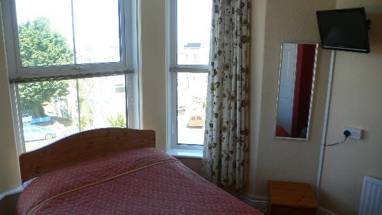 Surfside Stop : room 2 double en suite