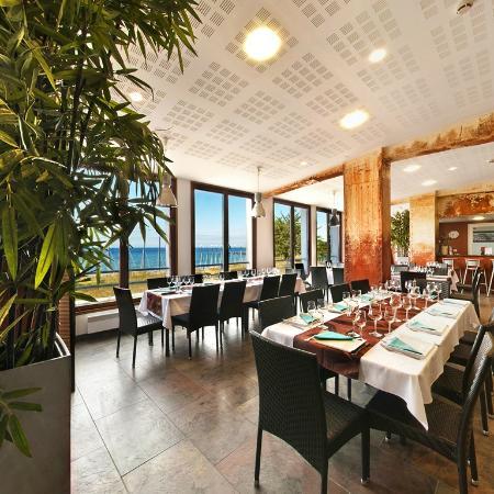 Restaurant du yacht club de l 39 ile d 39 yeu le d 39 yeu - Salon du yacht monaco ...