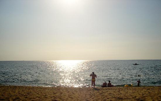 Nicotera Beach Village: tramonto sulla spiaggia