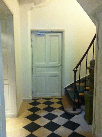 Vieux Marais : accès escalier.