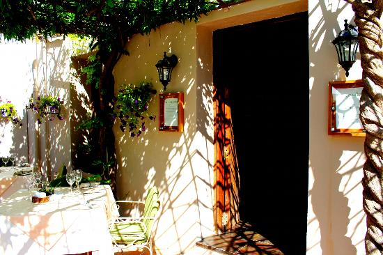 La Casita: Our beautiful entrance