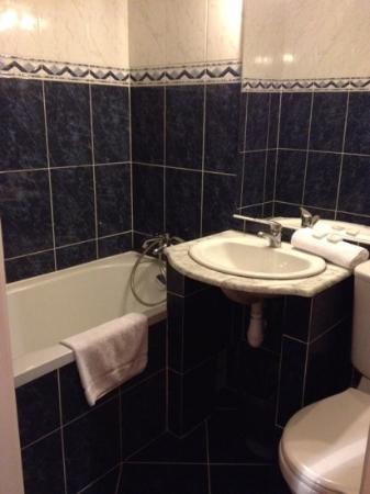 Hotel Trocadero: salle de bain