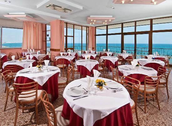Hotel Diplomat Marine: Sala ristorante